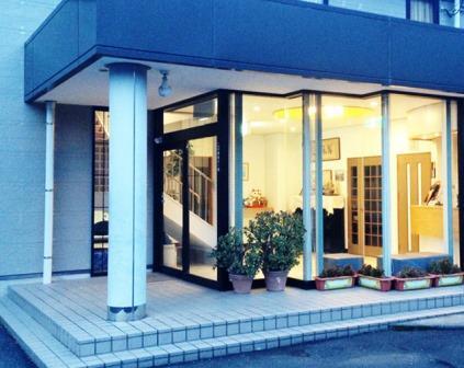 ビジネスホテル富士屋外観