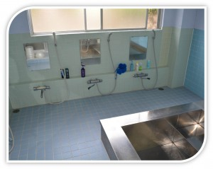 明るい浴室3