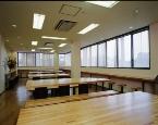 白根中央自動車学校の食堂は、食事時間以外にも談話室として使えます。