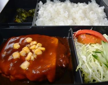 昼食メニュー例