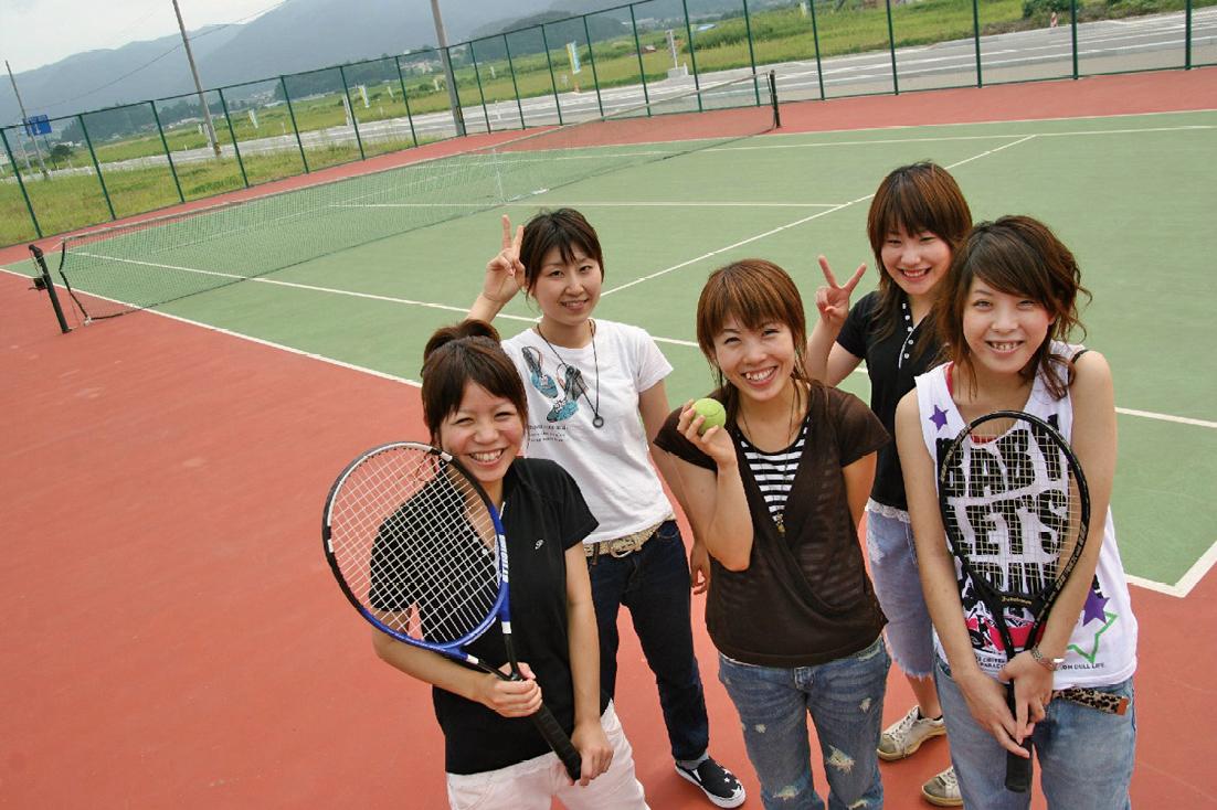 合宿免許 特典 テニスコート