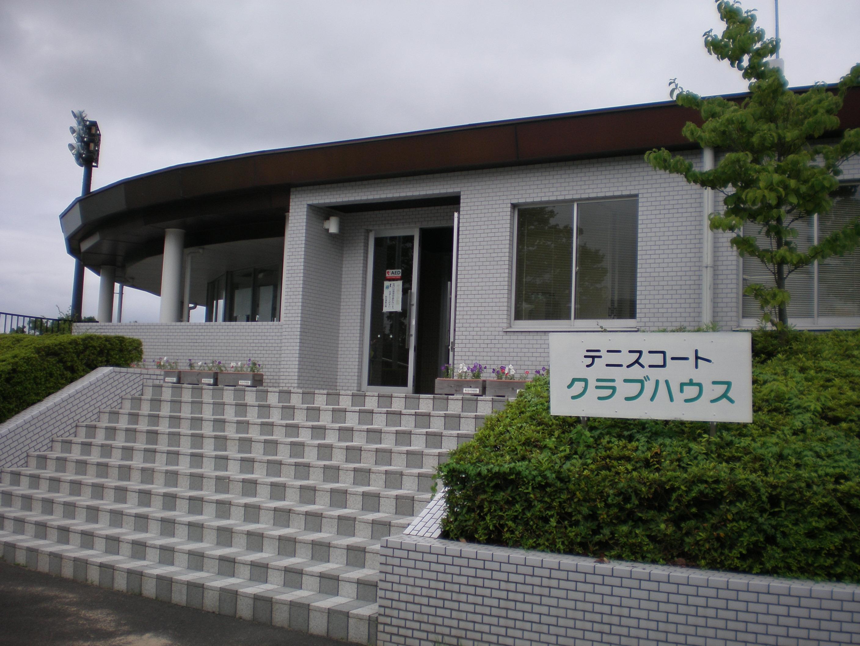 大阪から近い 合宿免許 空き時間 テニス